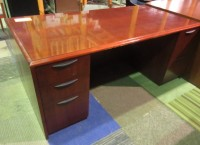 Paoli Desk (Cherry/Wood Veneer)